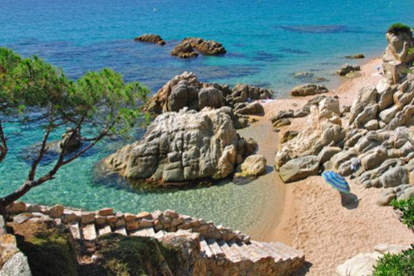 Otras playas y calas de la Costa Brava